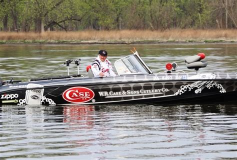 cabela s boat in a box cabela s masters walleye circuit veteran doug yohe in the