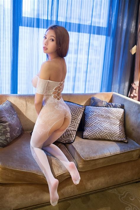 pic 2 chinese beauty song guo er porno pics