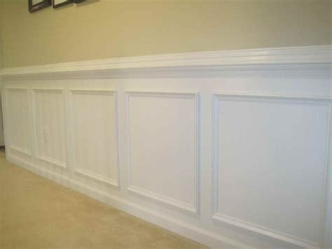 Wainscot Lowes by Best 25 Wainscoting Lowes Ideas On Baseboards