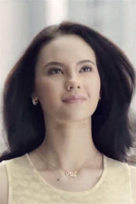 sheryl sandberg hair sheryl sandberg pantene ad feminist pantene commercial