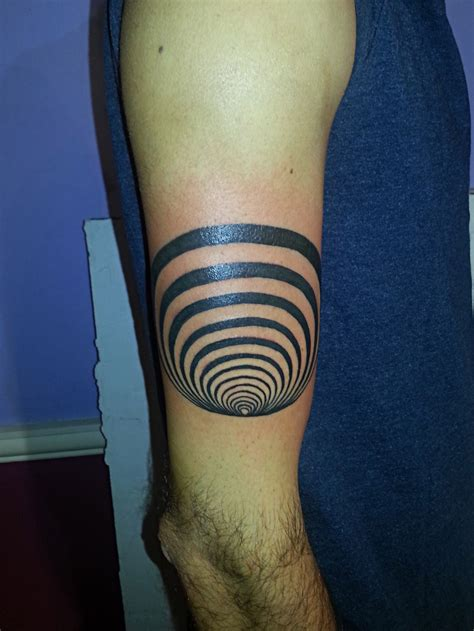 optical illusion tattoo recent tattoos from majestic majestic nyc