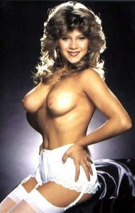 samantha fox nude pictures rating 9 15 10