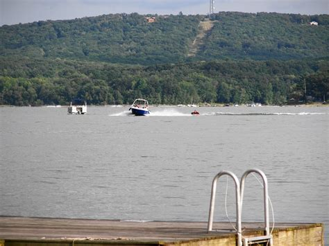 rubber duckie boat rentals 17 best images about rent vacation home lake wallenpaupack