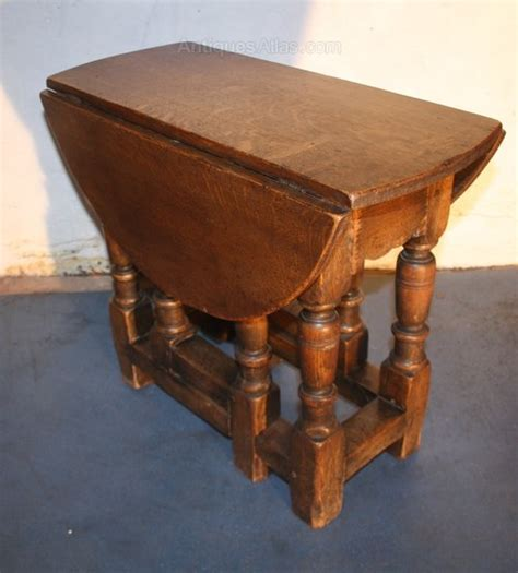 oak small jacobean 1920s drop leaf coffee table antiques