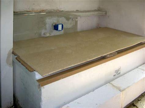 badewanne einbauen lassen badewanne auf estrich einbauen innenr 228 ume und m 246 bel ideen