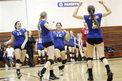 north coast section volleyball braves capture ncs volleyball playoff opener high school