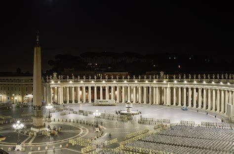 illuminazione roma nuova illuminazione a roma per piazza san pietro le