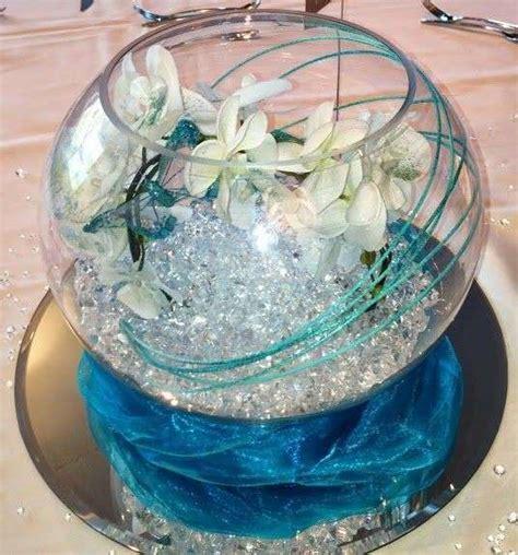 centrotavola con bicchieri centrotavola in vetro per il matrimonio foto