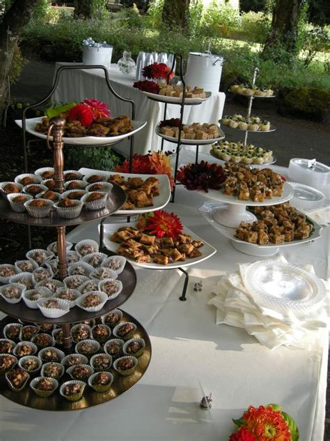 how to set up a buffet table for a wedding dessert buffet 171 oozingink s oozingink s
