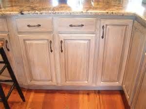 Antiquing White Kitchen Cabinets furniture and cabinets