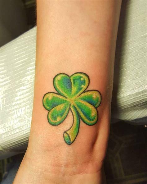 clover tattoo designs 75 colorful shamrock designs traditional symbol