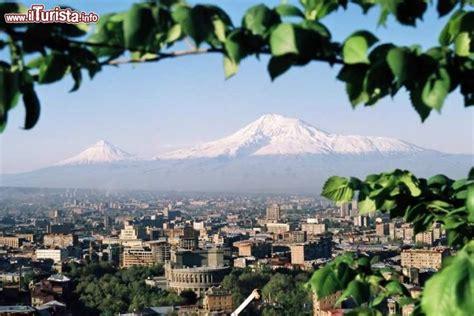 Ararat Hotel Yerevan Armenia Asia yerevan jerevan o erevan visita alla capitale dell