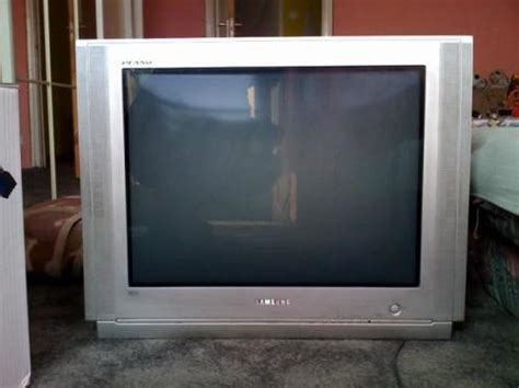 Tv Samsung Plano led samsung plano tv was sold for r401 00 on 1 mar at 14
