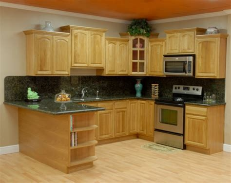 kitchen colors with oak cabinets and black countertops oak kitchen cabinets with granite countertops