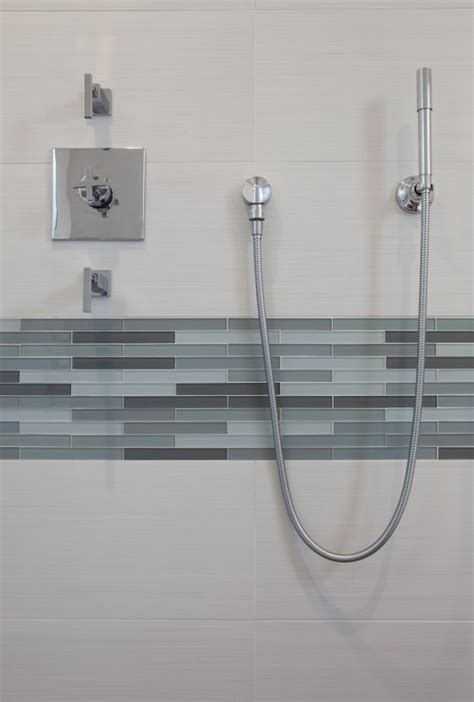 Lovely Blue Glass Tile Bathroom #2: Blue_gray_bathroom_tile_28.jpg