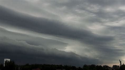Shelf Cloud Definition by Atmospheric Phenomena Shelf Cloud They Announce The