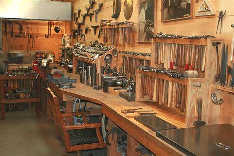 workshop  pinterest woodworking shop workbenches