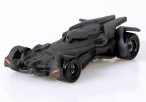 Batman vs Superman Toys Revealed   Collider