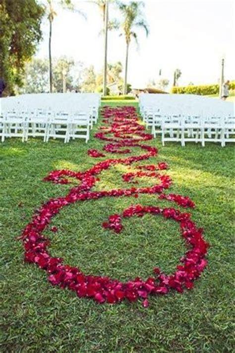 cute backyard wedding ideas 5 cute outdoor wedding ideas paperblog