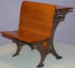 Small Antique Desk And Chair Antique School Desk 1900s Elementary Small Size Grand Rapids Furniture Company Ebay