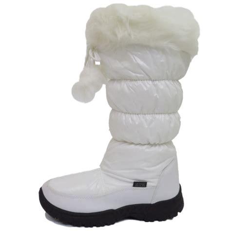 white warm winter snow ski thermal boots
