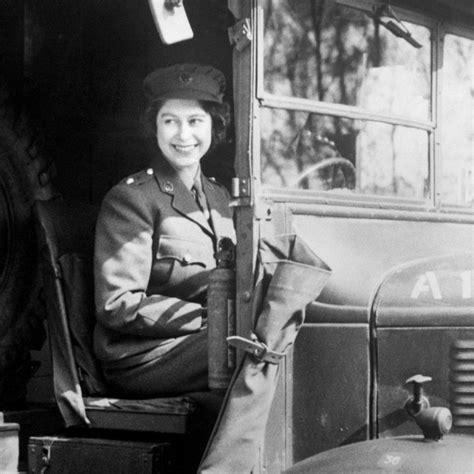 Vintage Neweys La Poupee Made In Kancing Kancing Celana 英女王90岁了 英国皇室公布91张女王代表性照片 全球摄影网