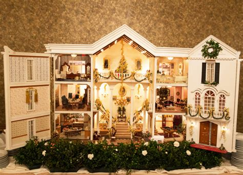 doll house ri crown jewel miniatures on display in the christmas in newport candlelight house tour