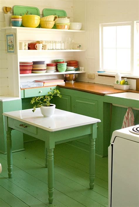 17 best ideas about green country kitchen on kitchens green kitchen cabinets