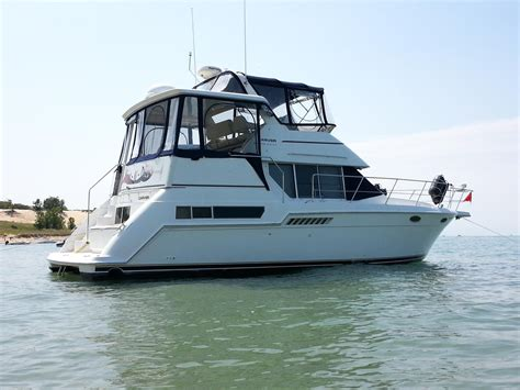 Carver Aft Cabin Boats For Sale by 1998 Used Carver 355 Aft Cabin Motor Yacht Cruiser Boat