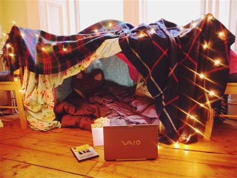 How To Build A Den In Your Bedroom by 10 House Activities For When You Re Skint Student