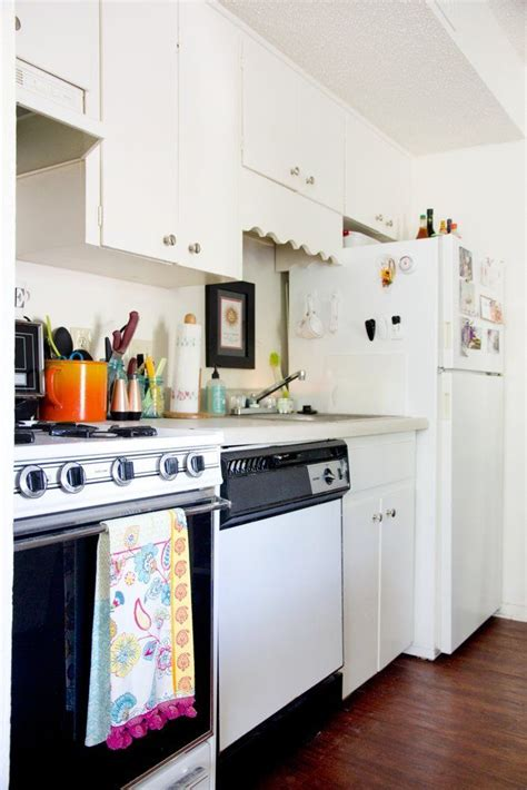 440 square feet apartment how to decorate a 400 square foot apartment