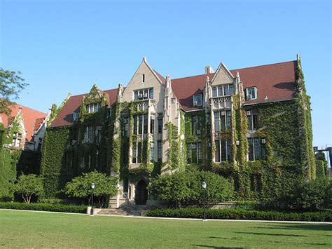 Of Chicago Mba Tuition Cost by Top 10 Most Expensive Colleges In The World World Most