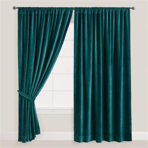 velveteen drapes 1000 ideas about velvet curtains on pinterest curtains