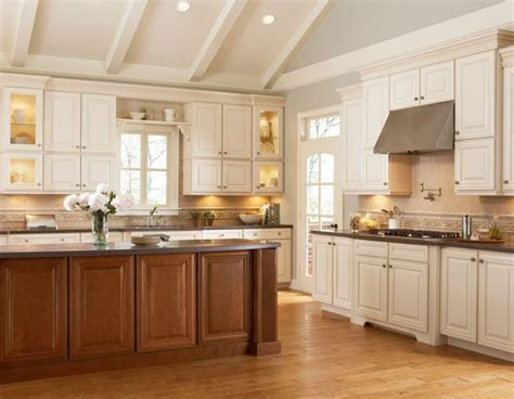 grove arch painted linen eclectic kitchen cabinetry 38 best shenandoah cabinetry images on pinterest kitchen