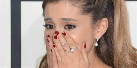photos of arians hair ariana grande almost in tears at the grammys because of a