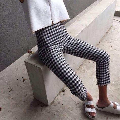 black and white grid pattern pants pants jeans black white stripped stripped leggings