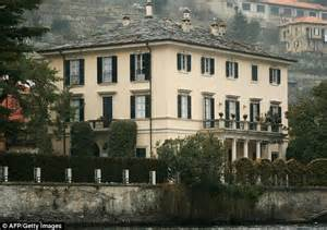 george clooney home in italy amal alamuddin blows off george clooney s family reunion