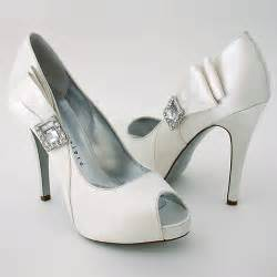 selecting comfortable shoes for your wedding