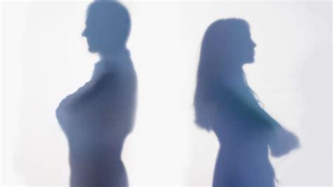 avvocato d ufficio per divorzio niente assegno di divorzio all ex non vuole trovare