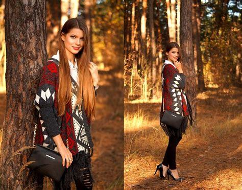 Zara Palm V Neck Shirt ruby fridays medicine coat with draped neck zara navy v