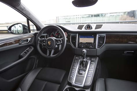 macan porsche interior 2015 porsche macan first drive photo gallery motor trend