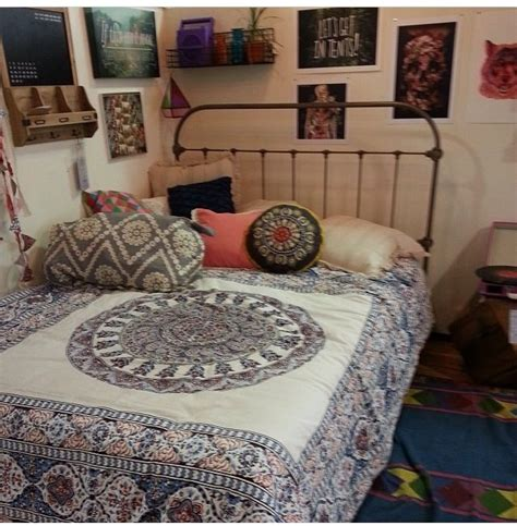 Outfitters Inspired Bedroom by Outfitters Bedroom Decor Outfitters Sleep And Bed Covers