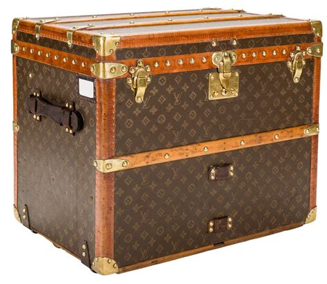 Vintage Steamer Trunks Louis Vuitton Vs Free by Vintage Louis Vuitton Small Shoe Steamer Trunk Circa 1930