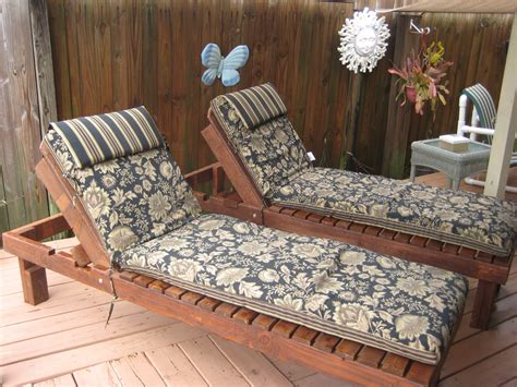 diy chaise lounge diy chaise lounge cedar chaise lounge chair plans images
