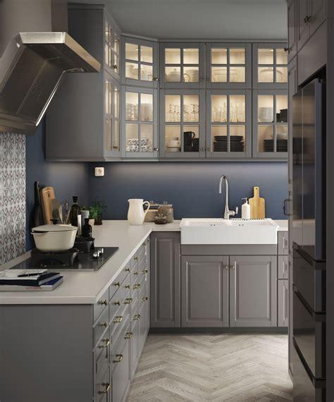 keuken ikea bodbyn bodbyn deur grijs keuken kast grijs hout en eten diners