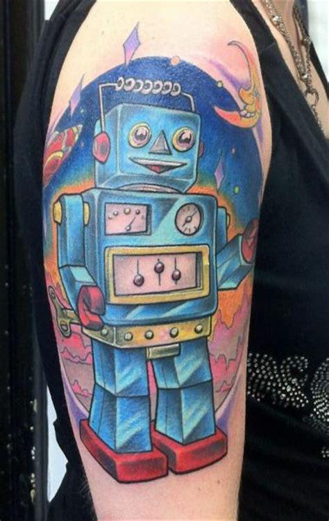 new school robot tattoo tatuaje hombro fantasy robot por evil from the needle