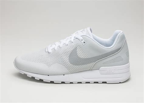 Nike Vegasus White nike air pegasus 89 engineered white metallic platinum