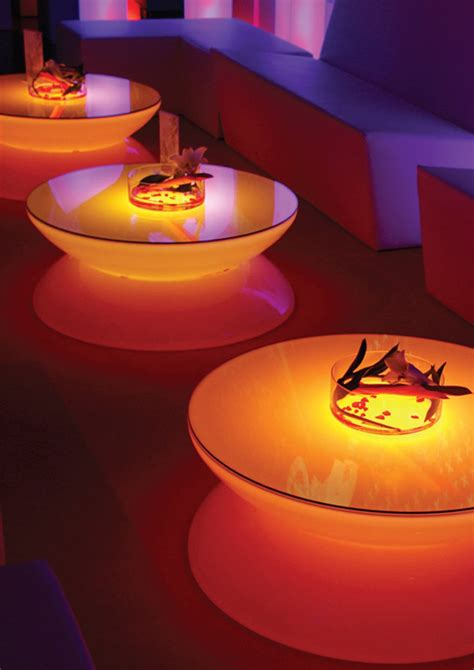 Led Tables by Translucent Led Light Tables Lounge From Moree Digsdigs