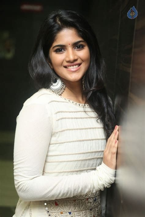 megha akash new photos photo 11 of 35