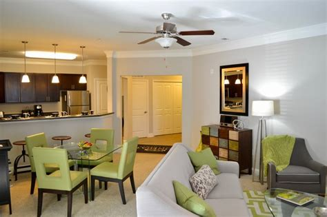 modern crown molding open floor plan stonegate at the crossroads apartments zion crossroads